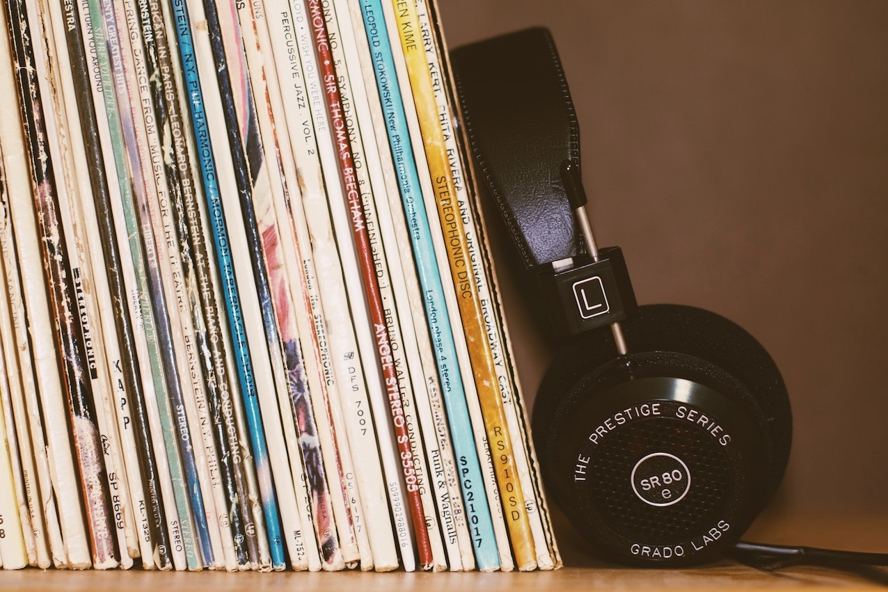 headphones-and-records